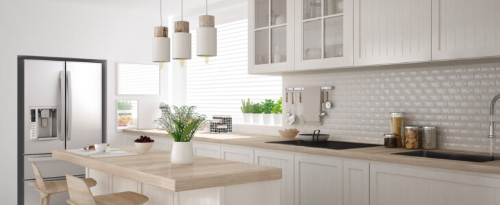 Nieuwe moderne keuken in huis